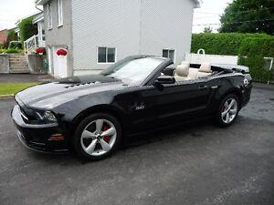 FORD MUSTANG GT  2013  ( 19 000 KM IMPECCABLE / FEMME PROPRIO )