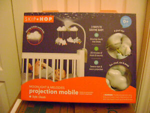 SKIP*HOP CRIB PROJECTION MOBILE