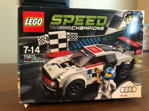 LEGO Speed Champions NEVER OPENED  75873 Audi R8