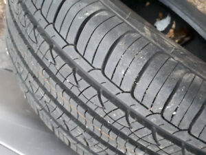 4 all seasons tires 215/65r16