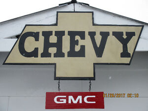 LARGE CHEVY/GMC SIGN.
