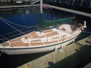 27' Bandholm sailboat, fully restored with yard trailer