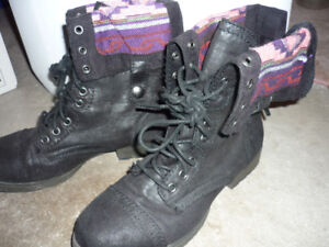 Mossimo Boots Size 8.5