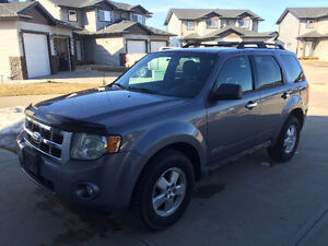 PRICE REDUCED - 2008 Ford Escape XLT 4x4 - $6,400 OBO