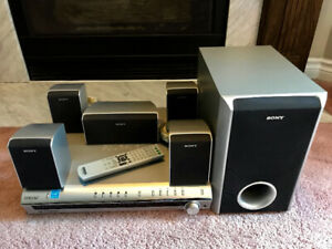Sony S-Master DAV-DX150 5-disc DVD Home Theatre System
