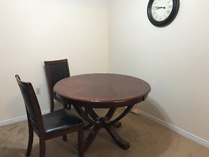 Leons Dining Table and Chair