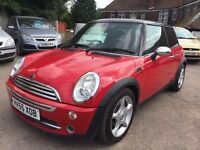 Mini Cooper 1.6 red seats full service history very clean