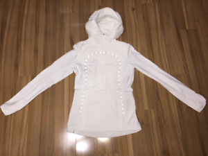 "Lululemon White ""Run For Cold Pullover"" Size 6 New w/Tags"
