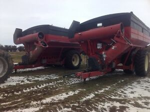 2011 Brent  Avalanche 1394 Grain carts