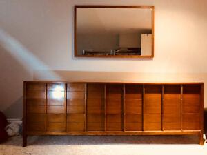 2 piece Dresser set