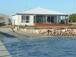 HOLIDAY BEACH HOUSE  - overlooking the River Murray Mouth Goolwa South Alexandrina Area Preview