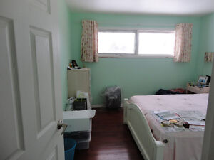 Upstaiirs bedroom,near Campbell Collegiate/UofR/Golden Mile Mall