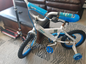 R2-D2 bike and light up scooter 60 or best offer
