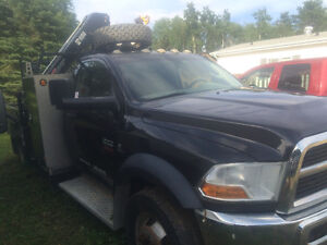 2011 Dodge 5500 with Hiab Picker