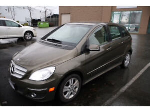 Mercedes-Benz B200. Mint condition!
