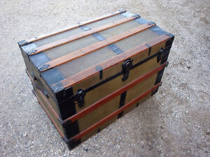 Vintage trunk, steamer trunk, antique trunk