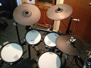 Roland 15KVS electronic drum kit Kingston Kingston Area image 3