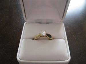 Lady's Solitaire Diamond Ring