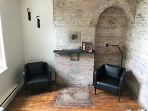 2 Bedroom Heritage Townhouse, Central, Available Sept 1st