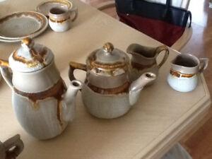 Set de vaisselle en poterie ( couvert 10 pp)
