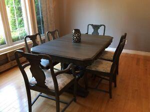 Gorgeous dining set - Need Gone! London Ontario image 1