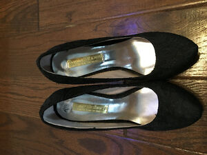 All black high heels worn once Kawartha Lakes Peterborough Area image 3