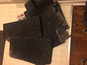 Heavy duty Jeep brand mats, front and back seats