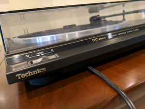 Technics amp, turntable, tape player