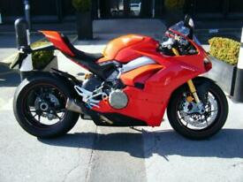 DUCATI PANIGALE V4S - 2018-18 ONLY 494 MILES