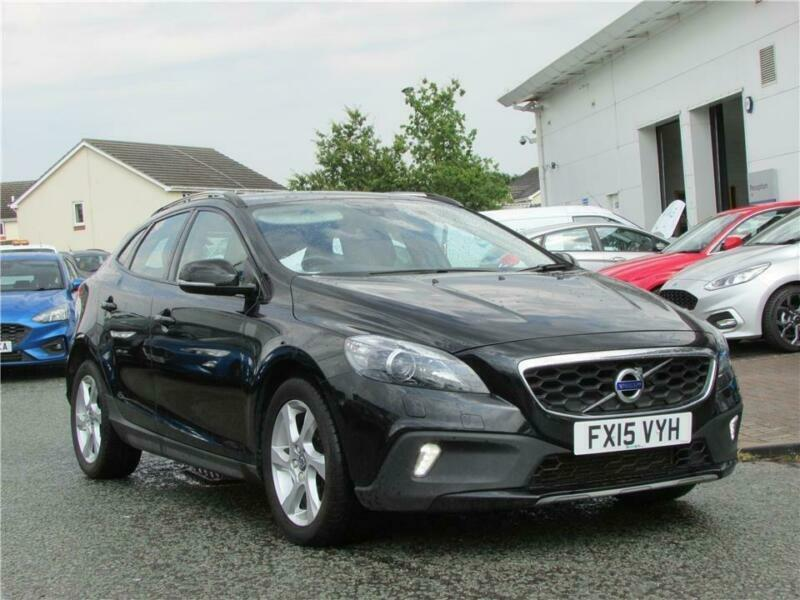Volvo V40 D2 Cross Country Lux 5dr | in Wrexham | Gumtree