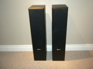 Sound Dynamics home theater speaker set