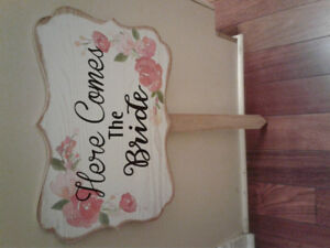 Wood Sign- 'here comes the bride'