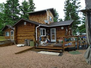 3-Season LAKEFRONT Log COTTAGE - WEKUSKO LAKE
