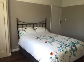 2 double bedrooms for rent - 1 min walk to South Ruislip station