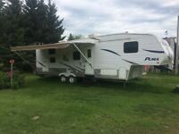 2003 Puma fifth wheel with bunks