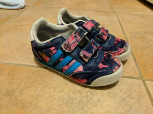 Adidas floral Dragon shoes size 8