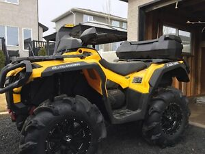 2015 Can-am Outlander XT 1000  Only 64km's