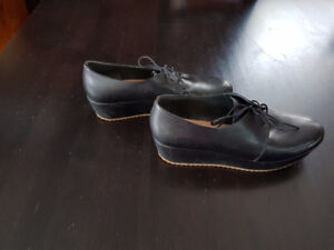 Ladies Camper Shoes - Size 40 / 9.5 - NEW
