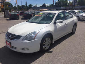 2010 Nissan Altima 2.5SL TOURING SEDAN...LOW KMS...MINT COND.