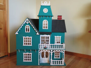 Antique Victorian Doll House