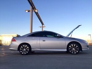 2004 Honda Accord HFP (Package) Coupe 2 Door 3.0L 6-Speed MT!