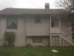 East Burnaby House for Rent 2 bedroom with basement