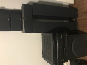 Klipsch speakers surround sound system.