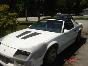1986 CHEVY IROC CAMARO.......T TOP.......GREAT PROJECT!!!!