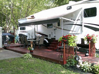 "FIFTH WHEELS 37' 2007 Haut De Gamme ""Grand Junction"" $42,000.00"
