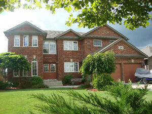 39 MARTIN AMHERSTBURG - BEAUTIFUL 5 BEDROOM, 2 STOREY