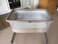 Chicco Next 2 Me Bedside Crib - Dove Grey