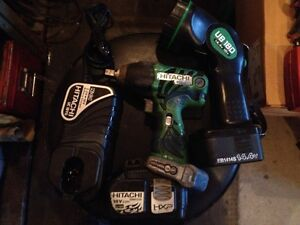 "Hitach 1/2"" drive impact gun, light and charger Kitchener / Waterloo Kitchener Area image 1"