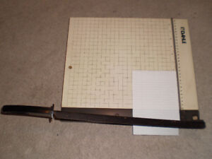 Paper Cutter / Trimmers - Dahle Boston