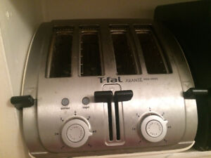 T Fal grille pain à  4 tranches